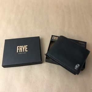 NEW Men's Frye Black Leather Trifold Wallet NWT